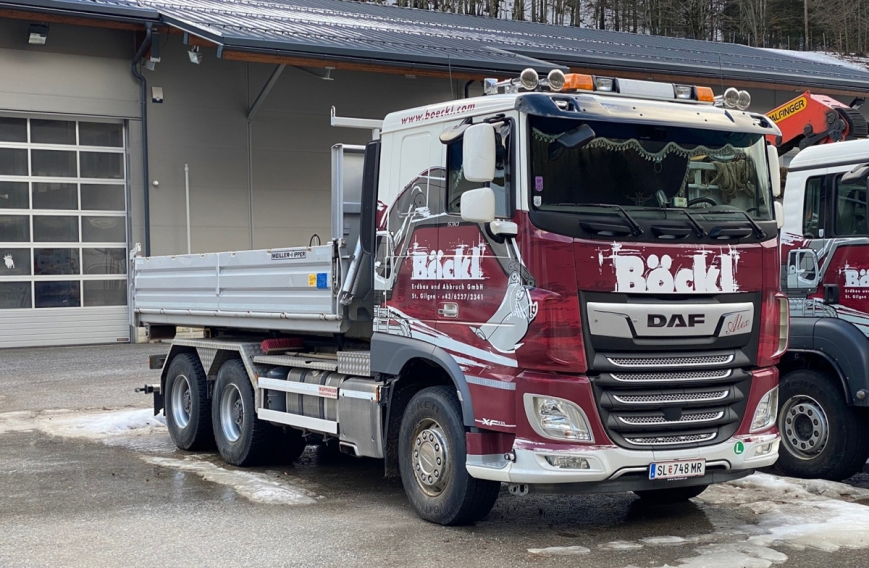 WSI 01-3528 - DAF XF COMFORT CAB MY2017 6X4 - HAKENLIFT-SYSTEM + CONTAINER 15M3 - Böckl