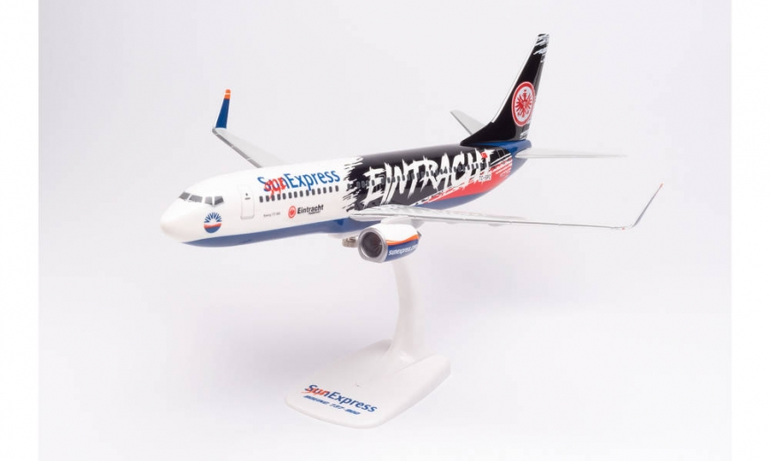 "Herpa 613125 - Sun Express Boeing 737-800 ""Eintracht Frankfurt - SGE Express"" – TC-SPC - Snap-Fit"