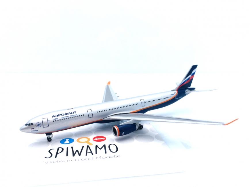 """Herpa 517522-003 - Aeroflot Airbus A330-300 – VQ-BNS """"A. Bakulev"""" - 1:500"""