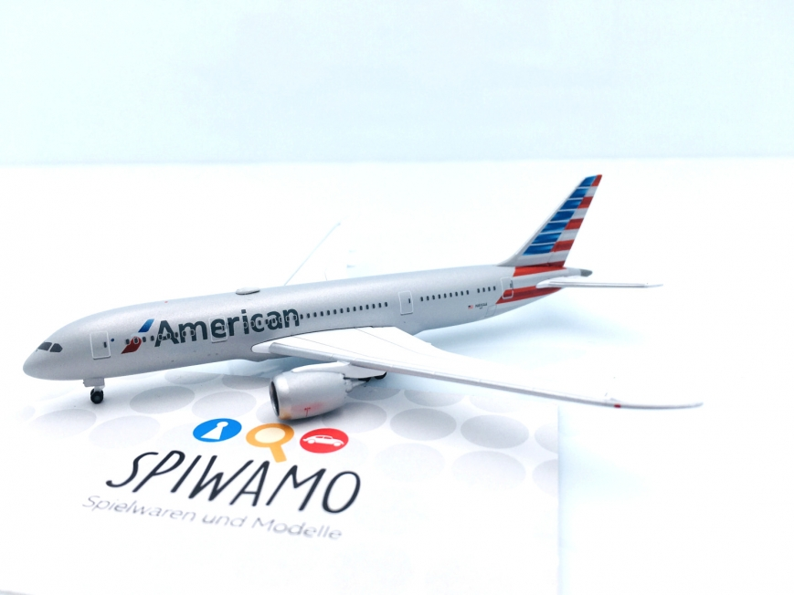 Herpa 527606-001 - American Airlines Boeing 787-8 Dreamliner – N816AA - 1:500